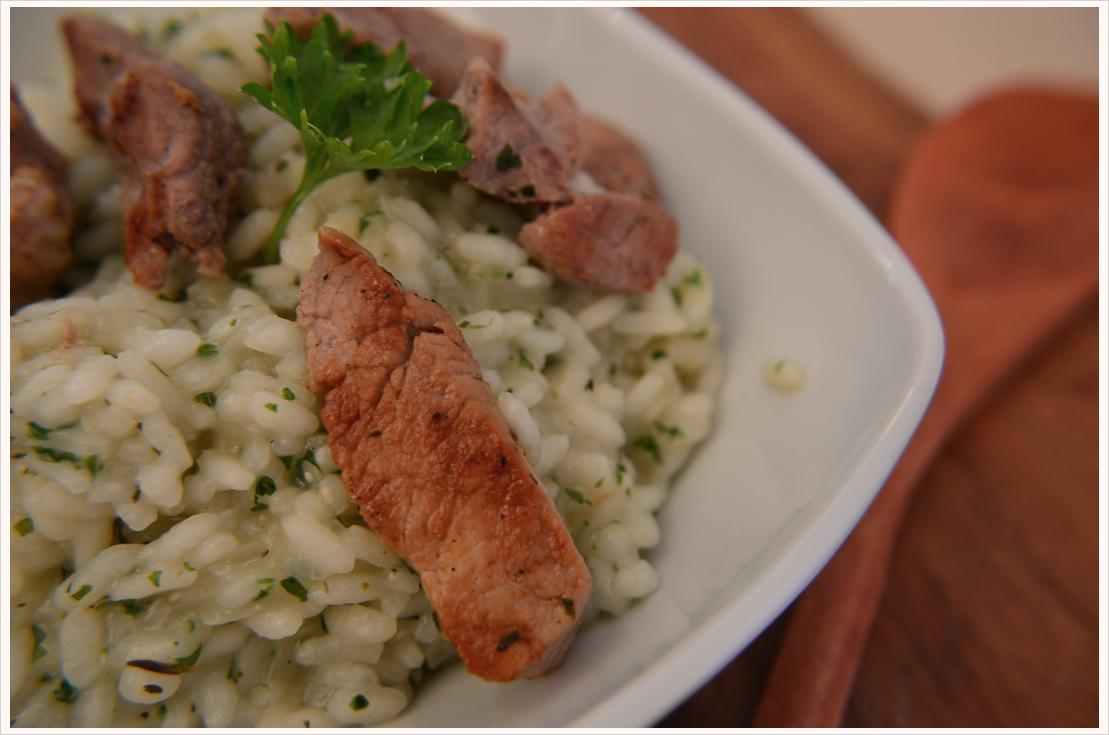 Mmmontags-Rezept: Kräuterrisotto mit Kurzgbratenem
