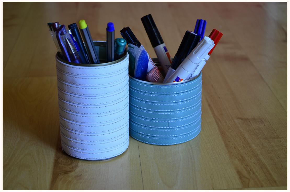 Basteln mit Leder Teil 2: Etwas Schönes für den Schreibtisch - Stiftehalter-Set