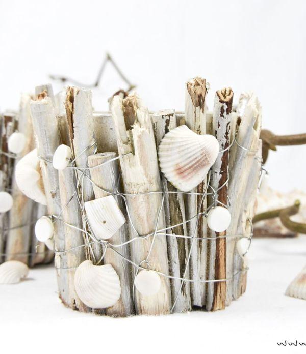 Maritime Windlichter mit Muscheln und Holz