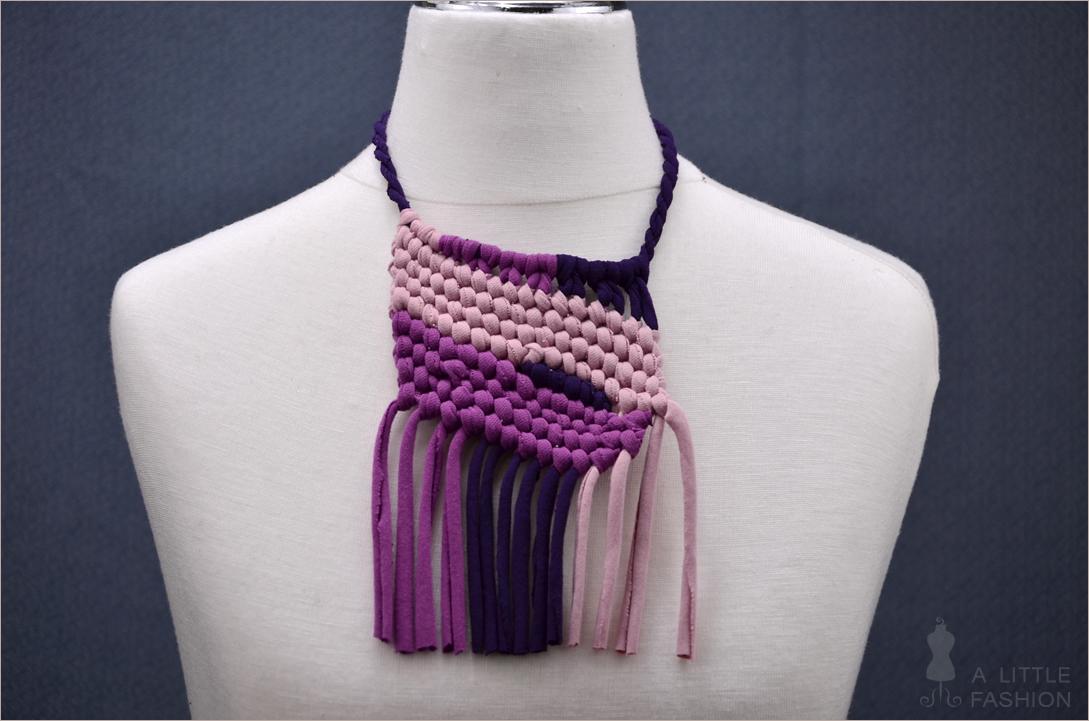 Fashion-DIY: Halsketten aus Jersey-Streifen