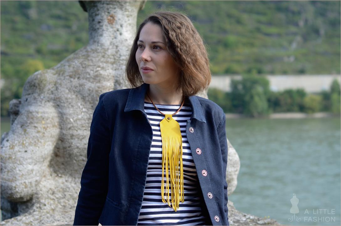 outfit_yellow-submarine-gelb-blau-streifen-fransen5