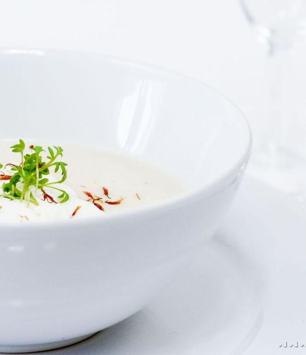 Orientalische Schwarzwurzel-Cremesuppe für Diner en Blanc