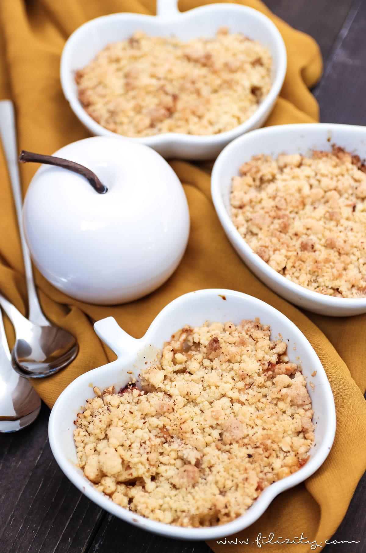 Rezept: Apfel-Quitten-Crumble - Das perfekte Herbst-Dessert | Filizity.com | Food-Blog aus dem Rheinland #crumble #herbst #apfel #quitten