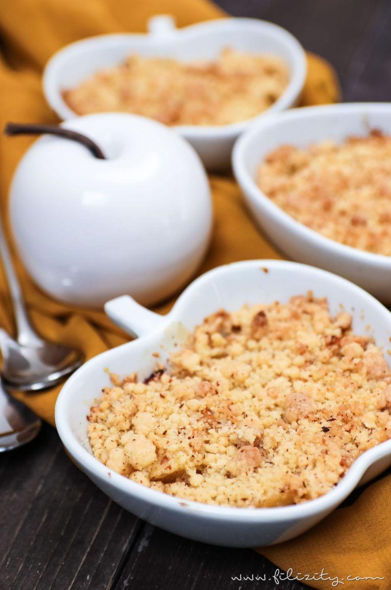 Rezept: Apfel-Quitten-Crumble - Das perfekte Herbst-Dessert   Filizity.com   Food-Blog aus dem Rheinland #crumble #herbst #apfel #quitten