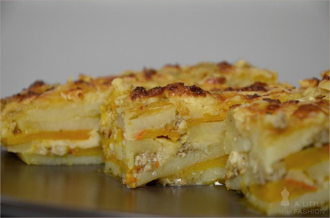 Kartoffel-Kürbis-Auflauf mit Fetakäse und Sojahackfleisch