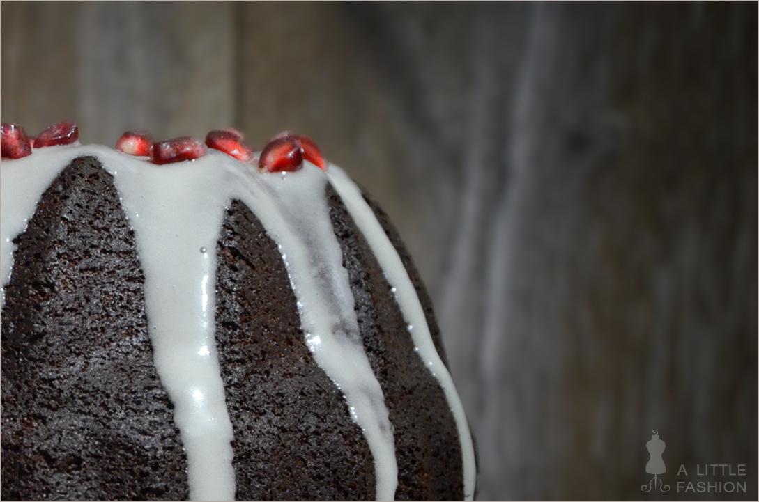 [Bloggeburtstag] Schokogugl mit Walnüssen und Granatapfel + Giveaway