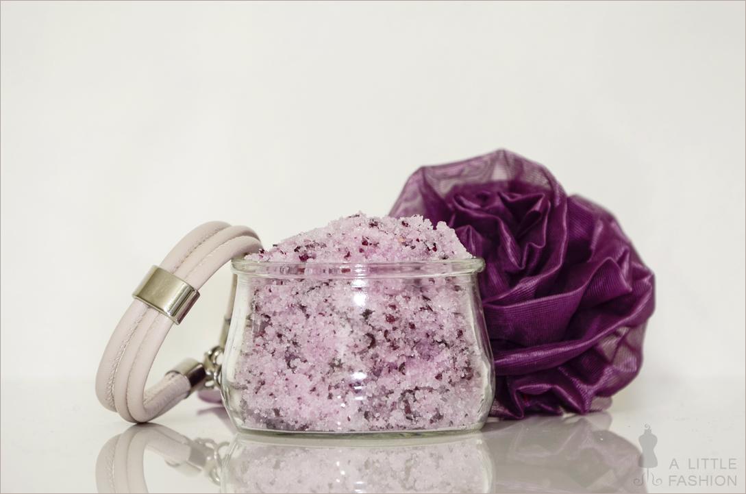 beauty_diy_rose-scrub_rosen-body-peeling3