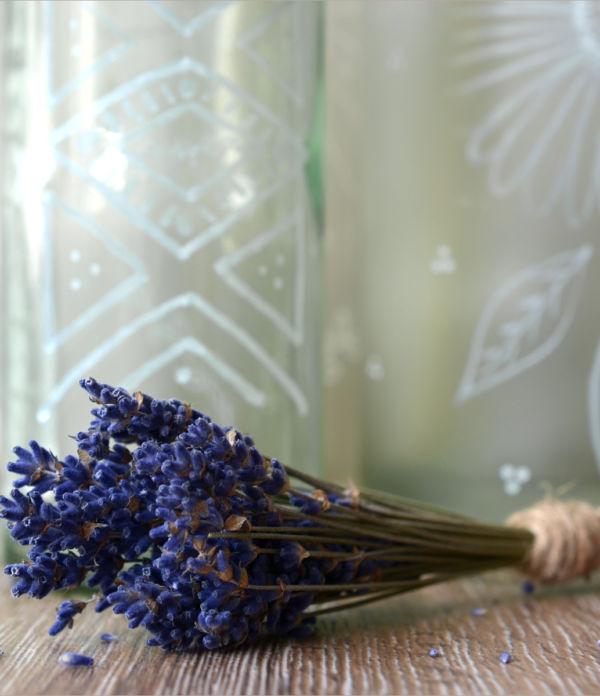 Boho-Feeling für Zuhause  – Flaschen bemalen