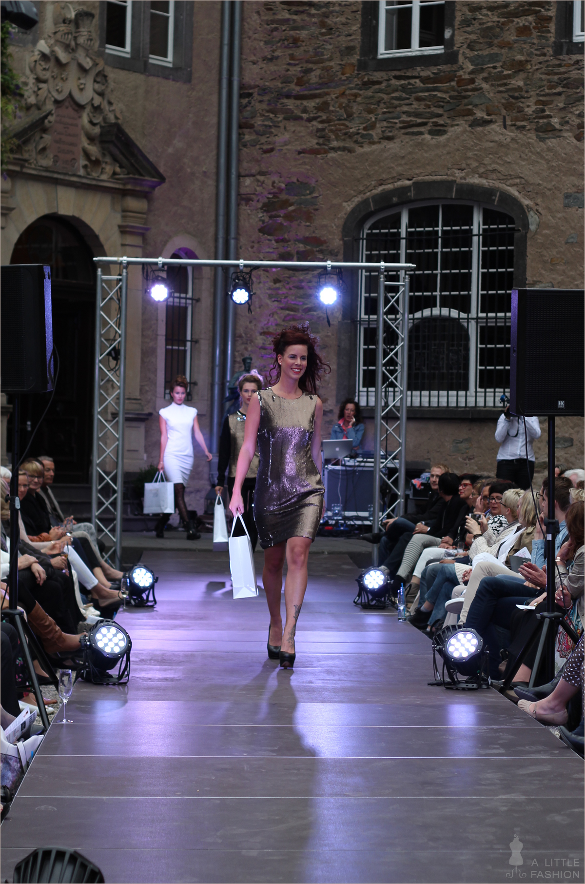 fashion_modenschau_modemeetsnamedy_charity-gala_michele-weiten-design27