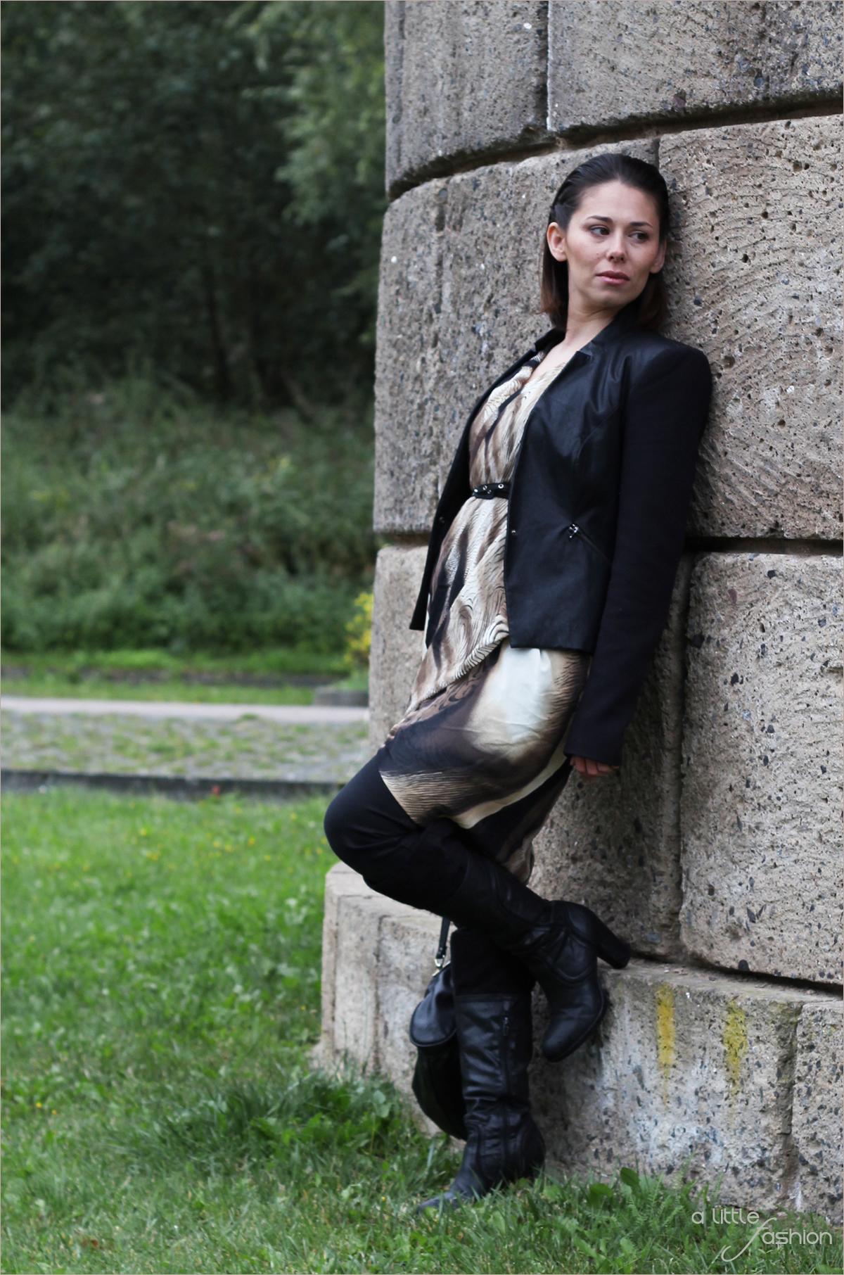 fashion-mode-trends_hw2015_tierprint_kleid-rock_ueber_hose3