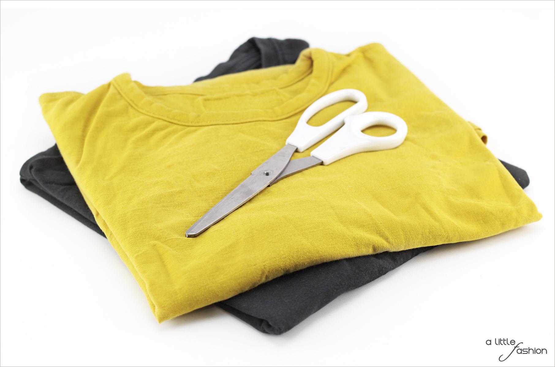 Kette aus alten T-Shirts  |  A Little Fashion  |  https://www.filizity.com/diy/kette-aus-alten-t-shirts