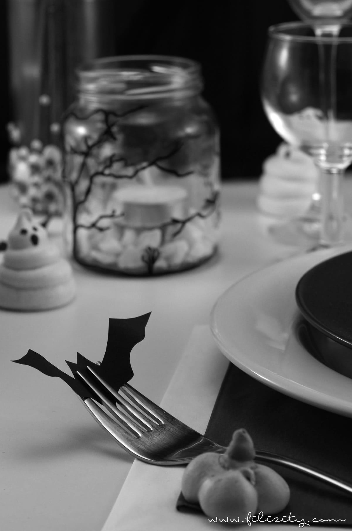 3 schnelle Halloween-Deko Ideen zum Selbermachen | Filizity.com | DIY-Blog aus dem Rheinland #halloween #deko #booh