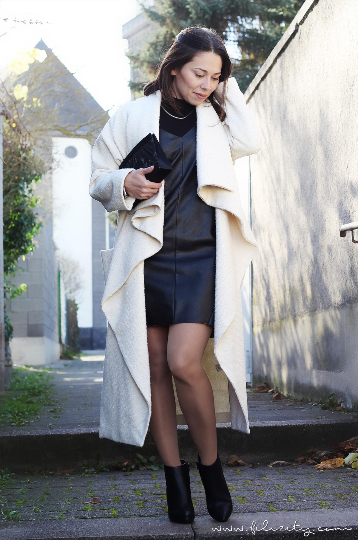 Was ziehe ich zur Weihnachtsfeier an? Elegantes Outfit mit Lederkleid und Wollmantel