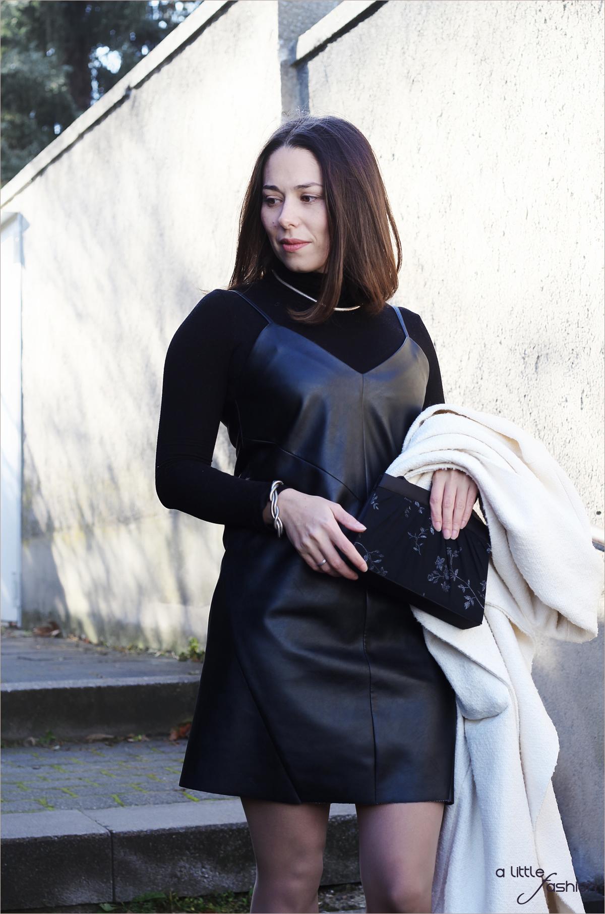 fashion_outfit_look_weihnacht_silvester_schwarz-weiss_leder_kleid_mantel4