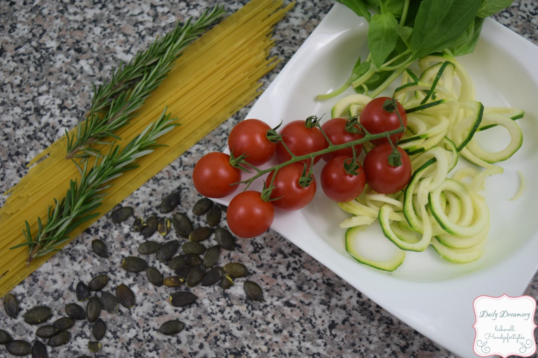 Zucchini-Spaghetti 1