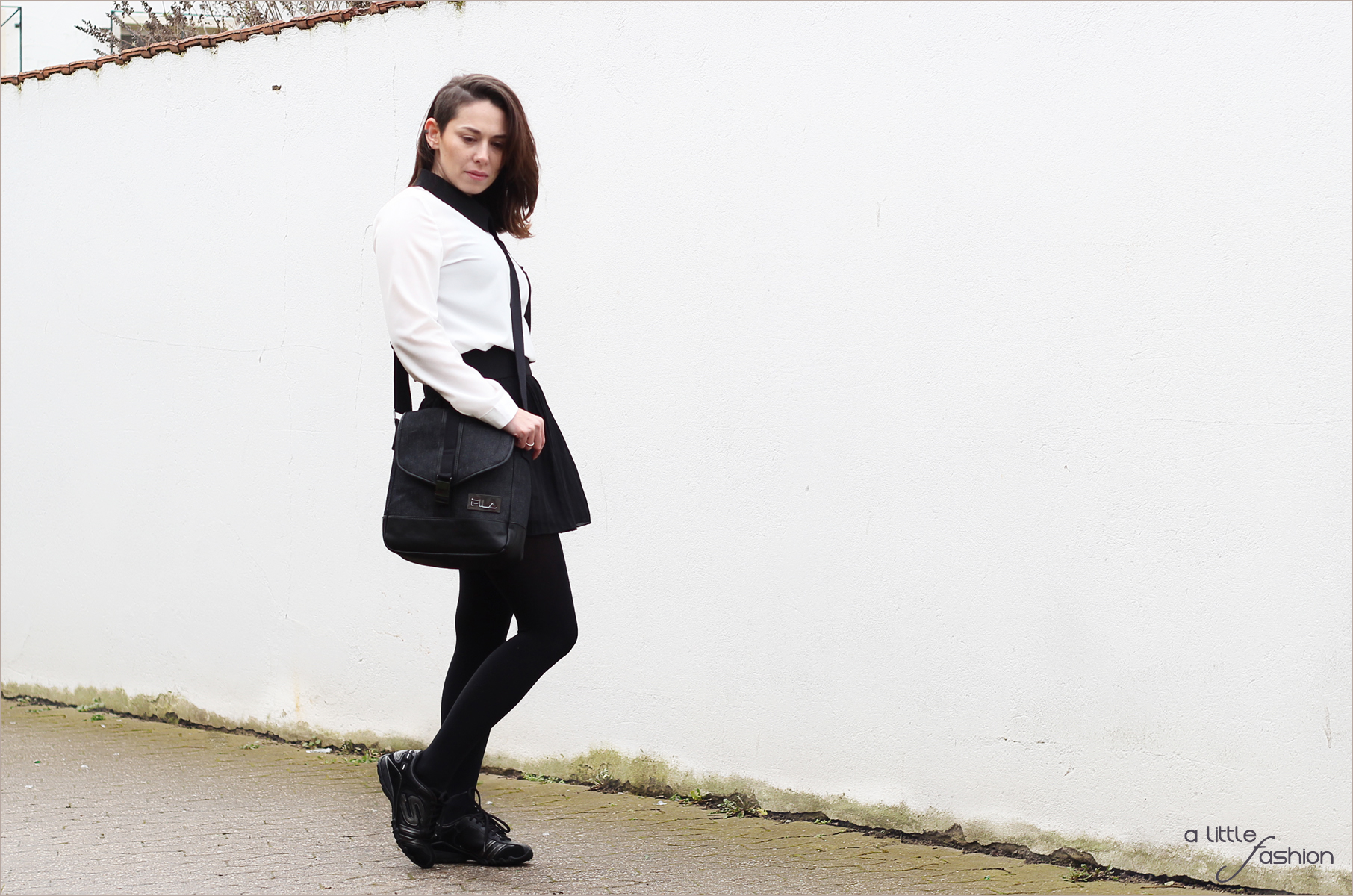 fashion_outfit_style_monochrome_bluse_rock_sneakers_messenger-bag4