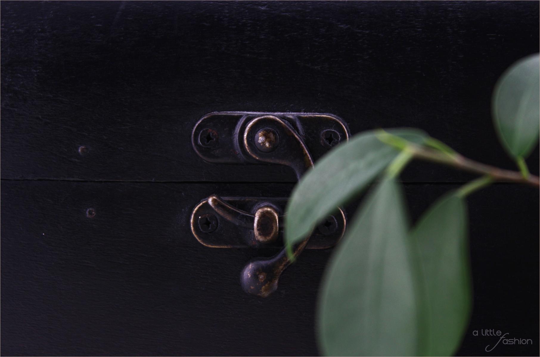 monochrome einrichtung so geht 39 s. Black Bedroom Furniture Sets. Home Design Ideas