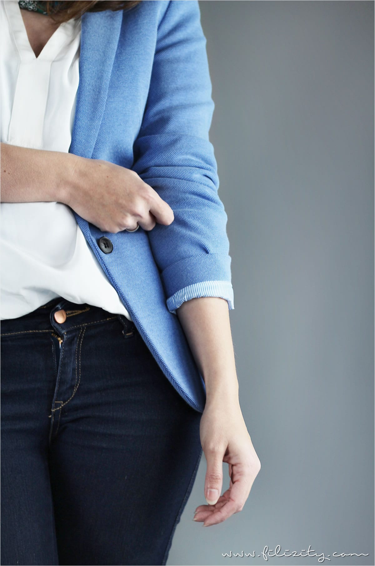 Casual Elegance mit Jeans und Blazer | A Little Fashion | www.a-little-fashion.com/fashion/casual-elegance-jeans-blazer-bluse