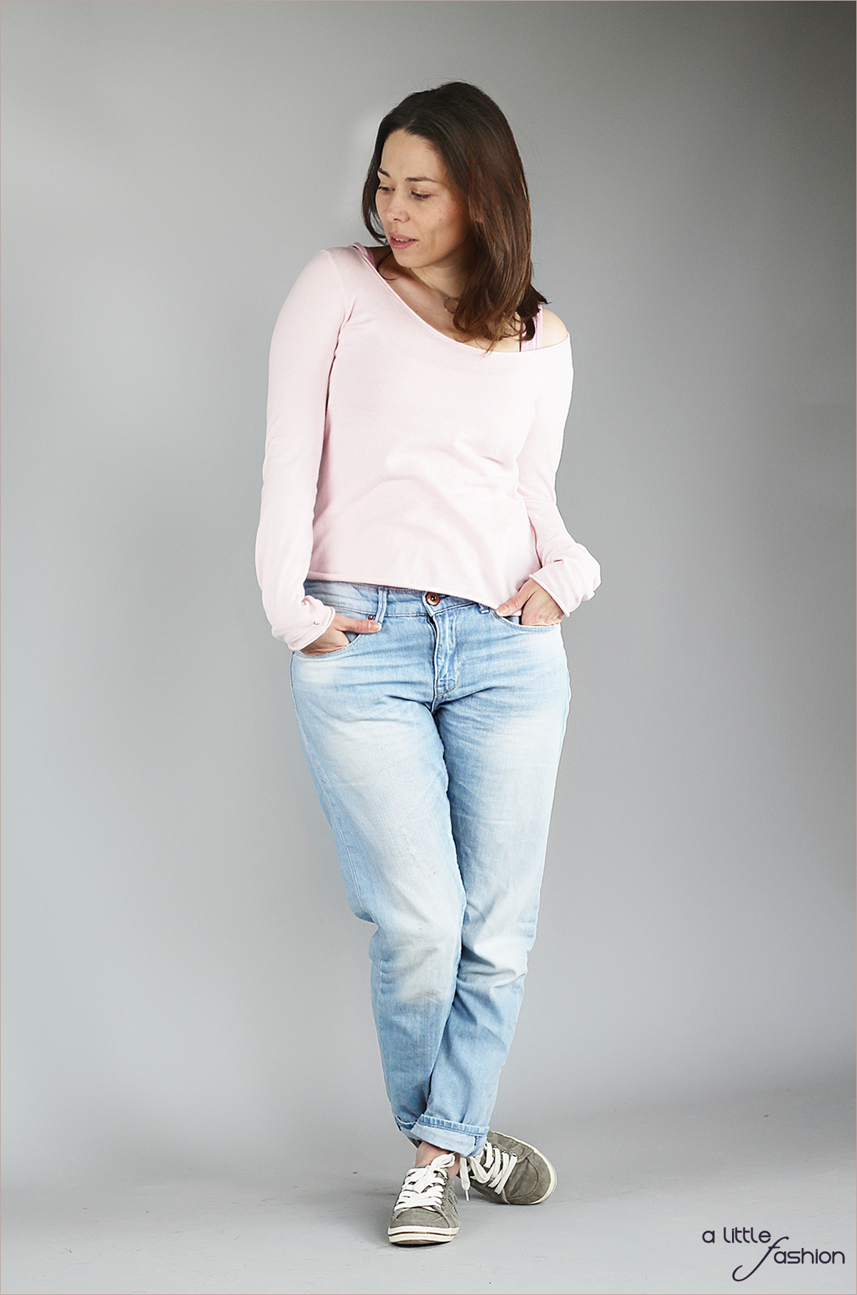 fashion_outfit_rose-quartz-serenity_jeans-pullover-top_cozy1