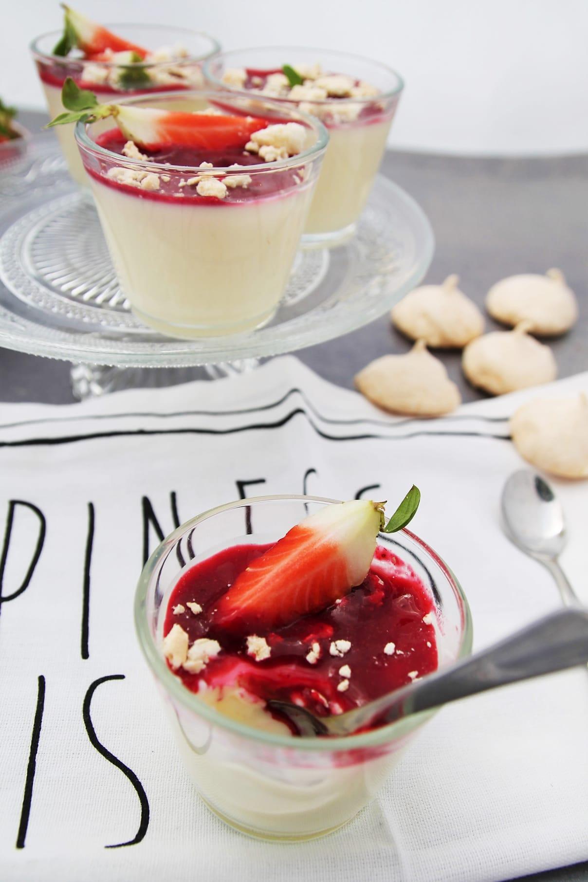 Sardische Joghurtcreme by 'C&B with Andrea'   A Little Fashion   https://www.filizity.com/food/sardische-joghurtcreme
