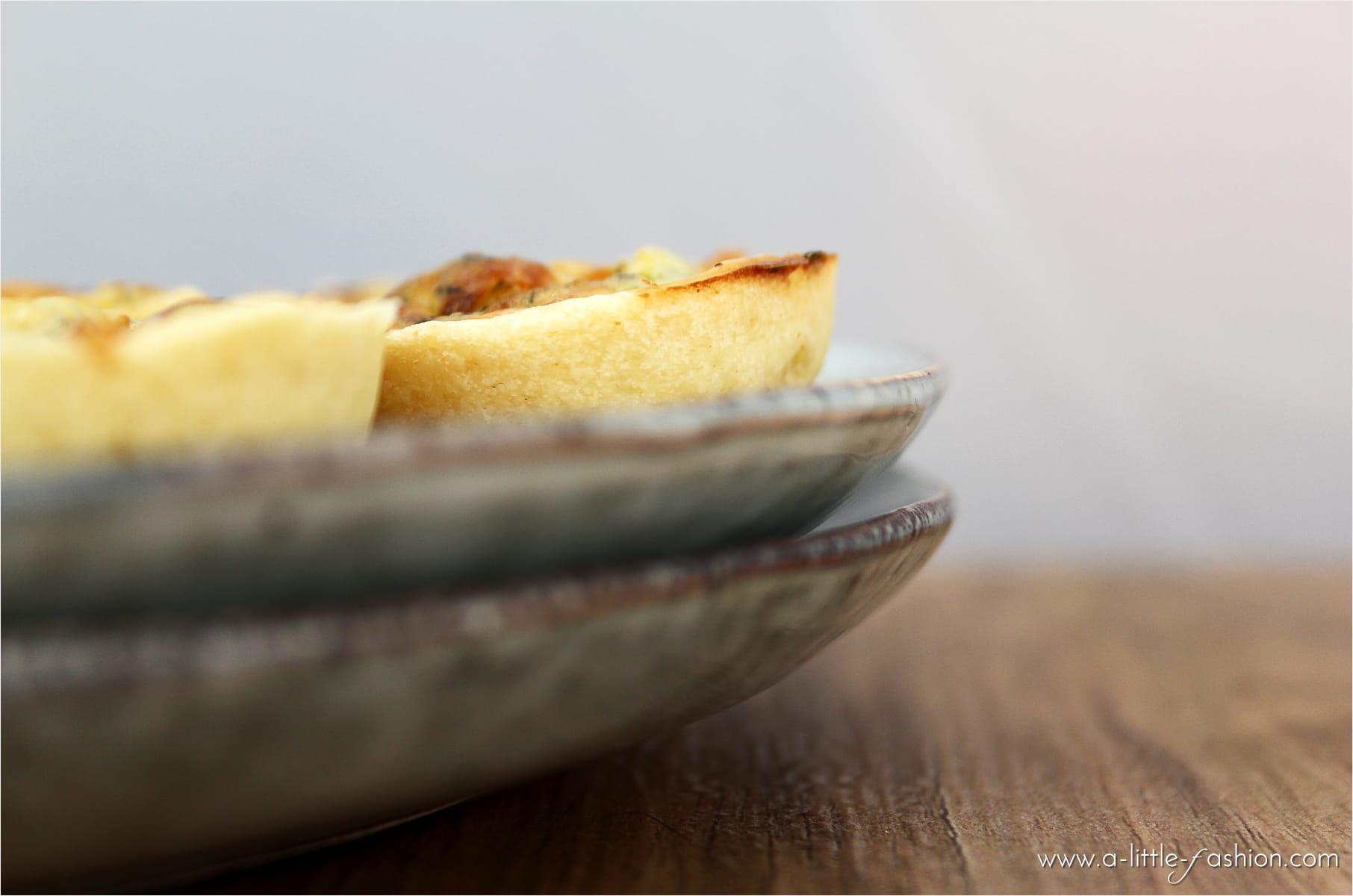 brunch-rezept_mini-quiche-frischkaese-kraeuter3-min