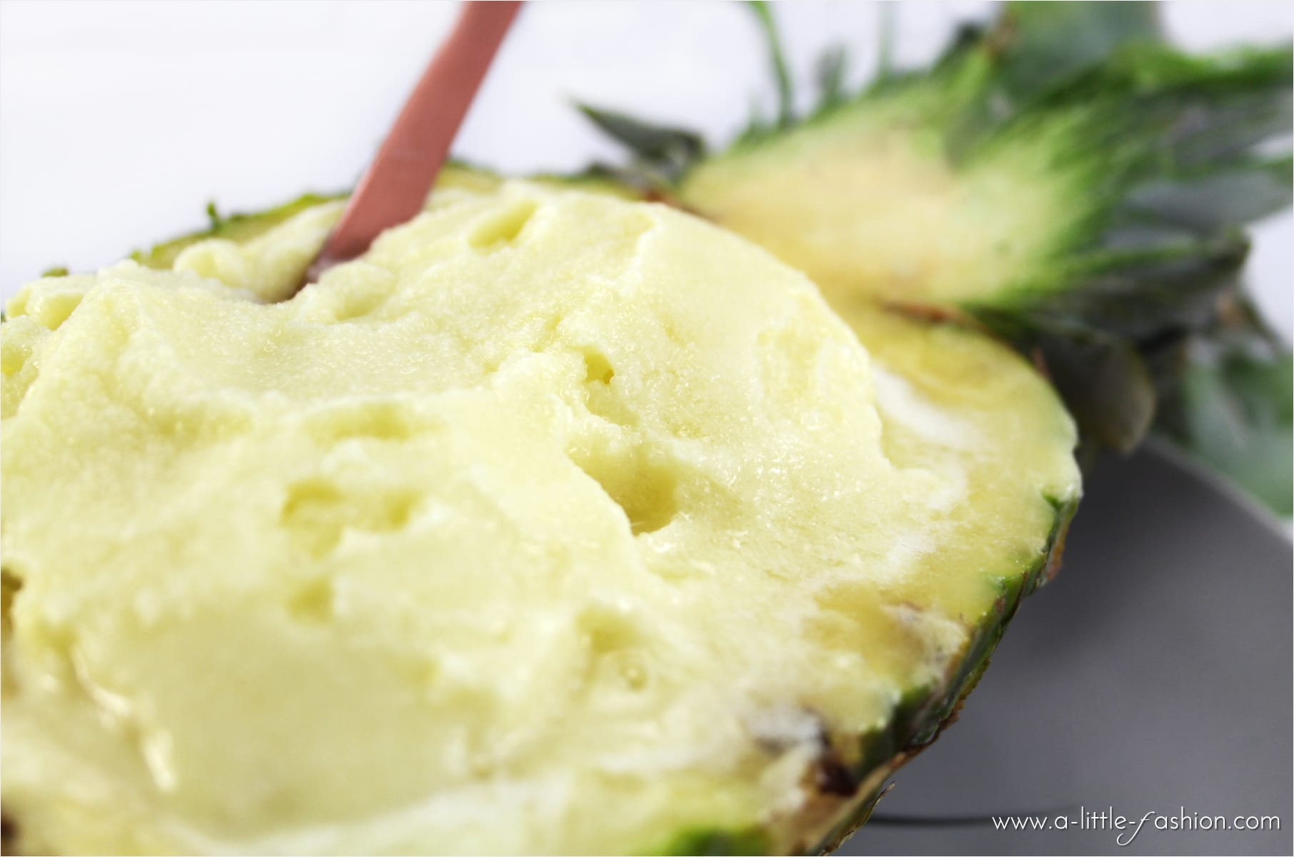 rezept_ananas-kokos-sorbet_eis_sommer_food_vitamix1-min