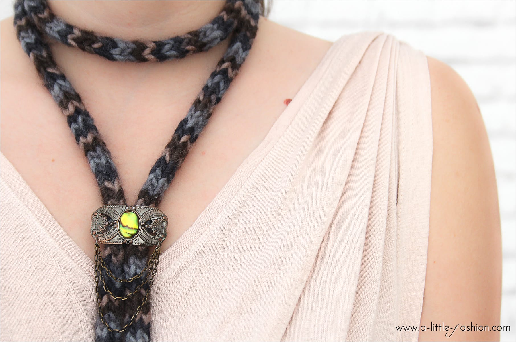 Herbstlicher Choker mit Strickliesel | A Little Fashion