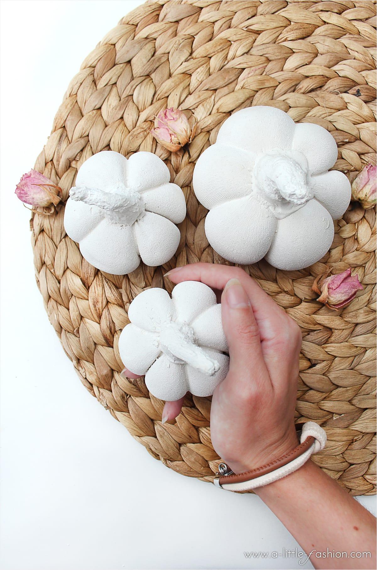DIY Herbstdeko Kürbisse aus Gips  Filizity  fashion