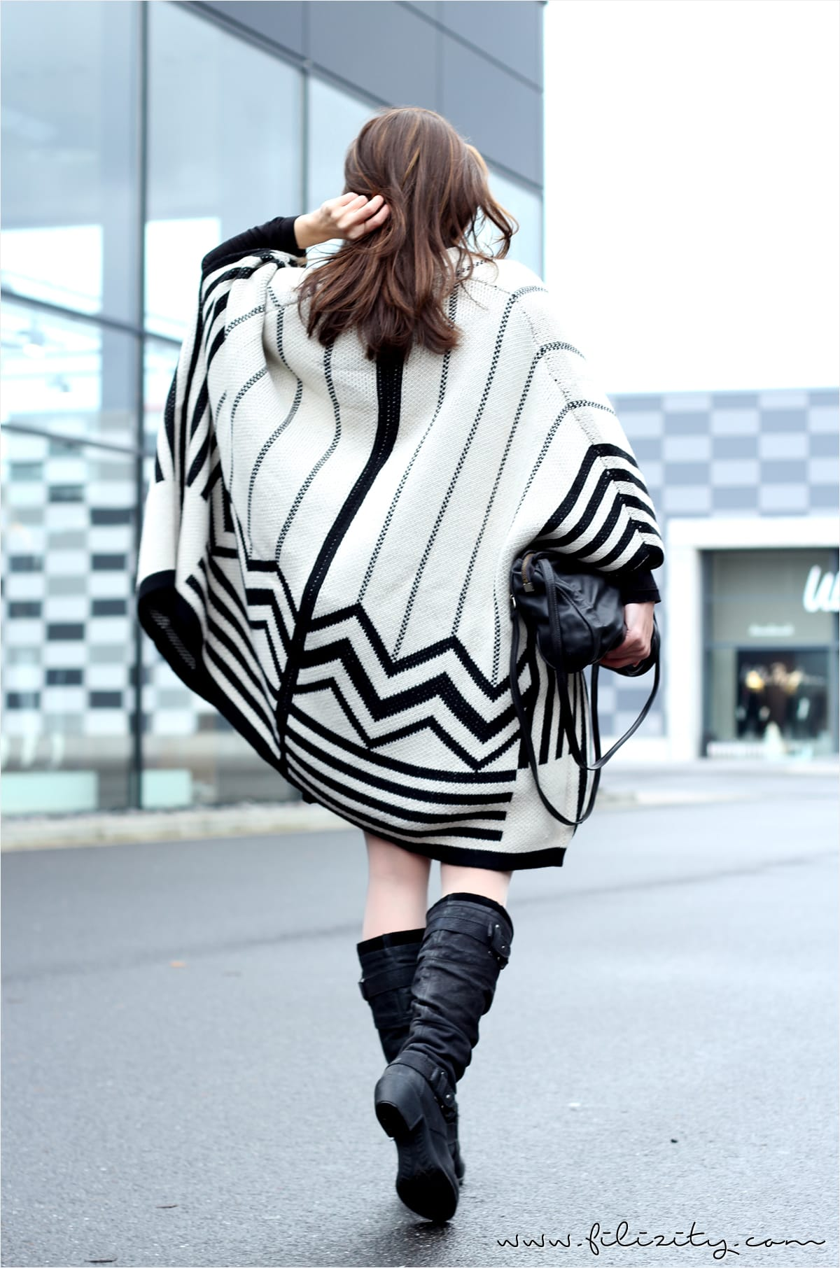 Winter-Outfit mit Basefield-Cape