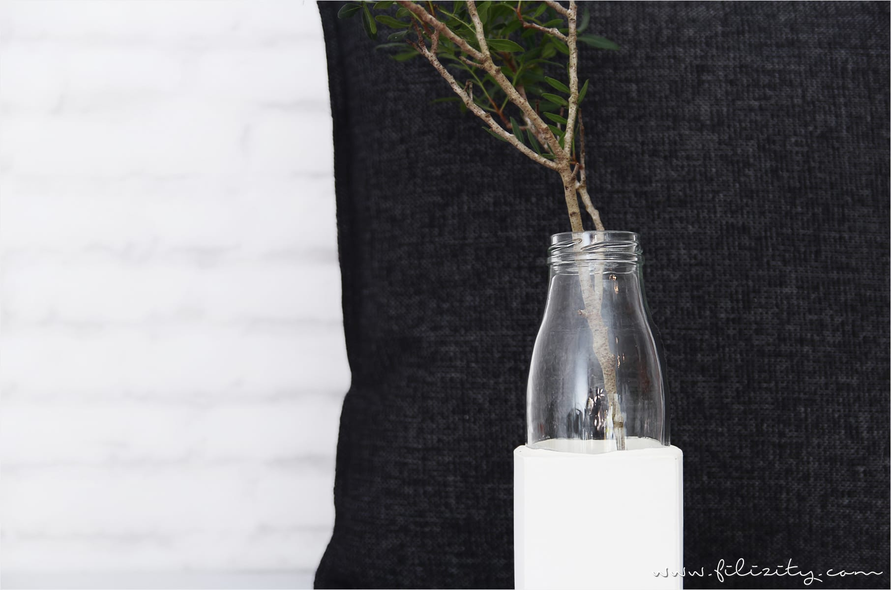 Glasvase mit Gips-Sockel selber machen