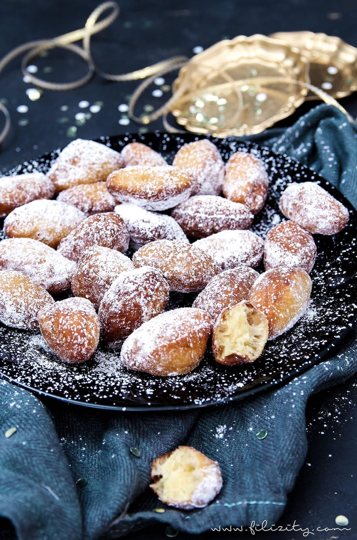 Fasching-Rezept für Mini-Krapfen | Berliner ohne Füllung | Filizity.com | Food-Blog aus dem Rheinland #helau #alaaf #karneval #fasching #berliner #partyfood