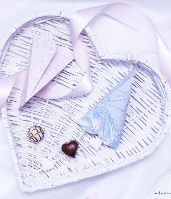DIY Geschenkverpackung für Valentinstag: 3D Herztüten falten