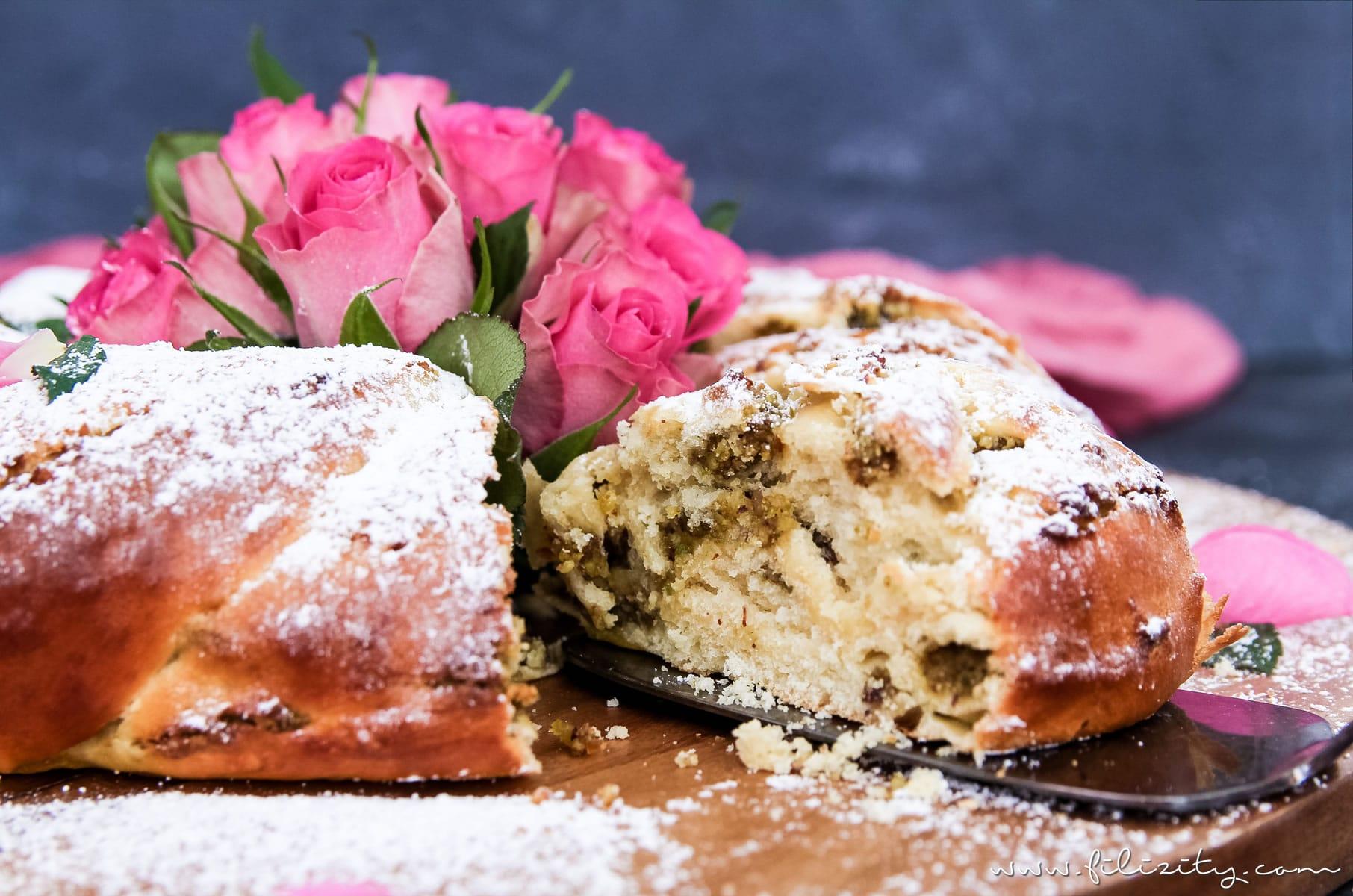 Osterkranz backen mit diesem einfachen Osterkranz Rezept | Hefekranz mit orientalischer Pistazien-Rosen-Füllung zu Ostern | Filizitiy.com | Food-Blog aus dem Rheinland #ostern #osterrezept #osterkranz