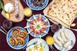 Magischer Muttertags-Brunch mit der Kochzauber Brunchbox - klassische Frühstückskomponenten und extravagante Geschmackshighlights