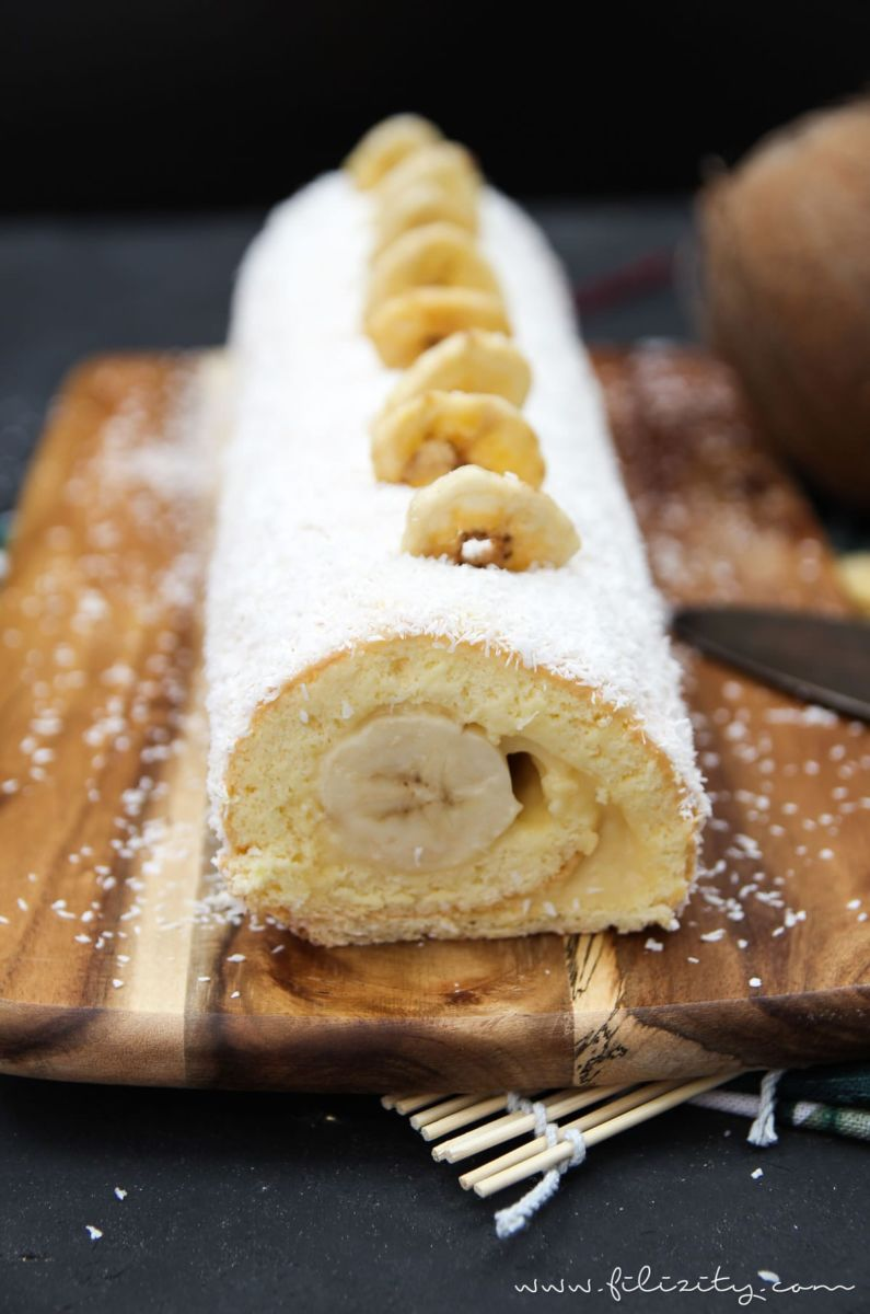 Sommer Rezept Bananen Kokos Biskuitrolle Mit Puddingcreme Diese