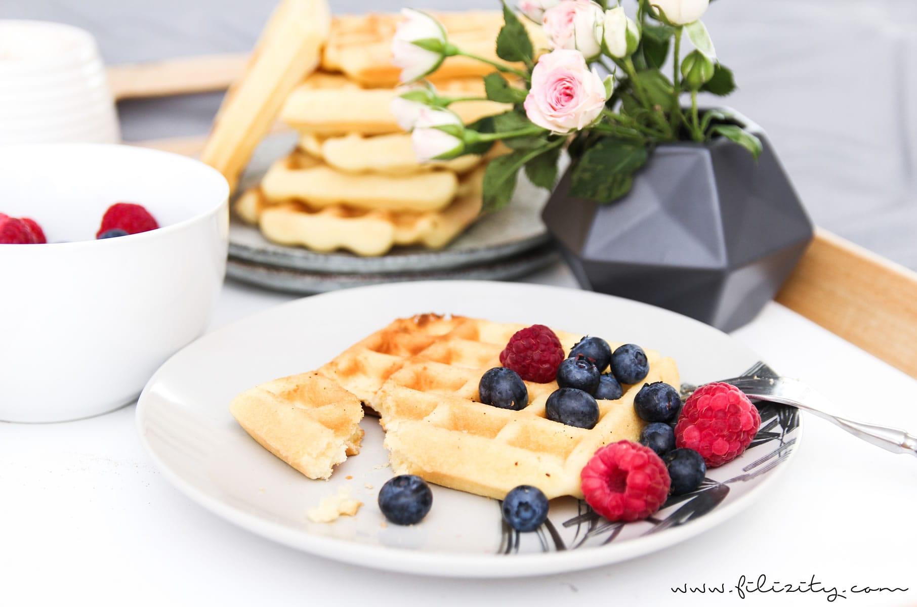 grund-rezept-waffeln-fruehstueck-knusprig-fluffig-food-2-min