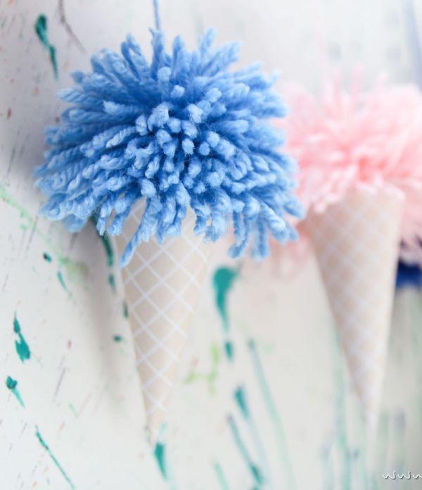 Sommer-Party: Eis-Girlande mit Pom Pons