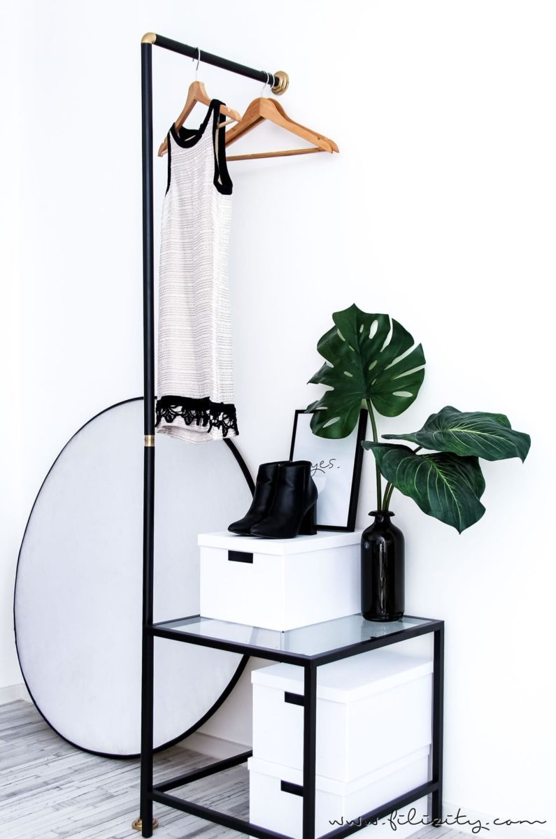 garderobe selber bauen aus einer duschstange mit dieser einfachen diy anleitung schaffst du. Black Bedroom Furniture Sets. Home Design Ideas
