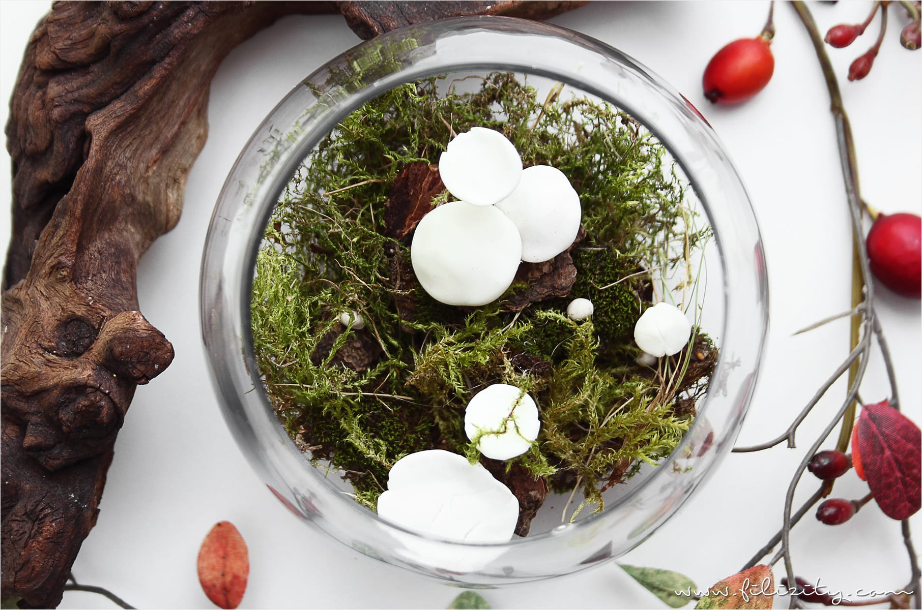 DIY Herbst-Deko mit Kaltporzellan-Pilzen #kaltporzellan #pilz #herbst #deko