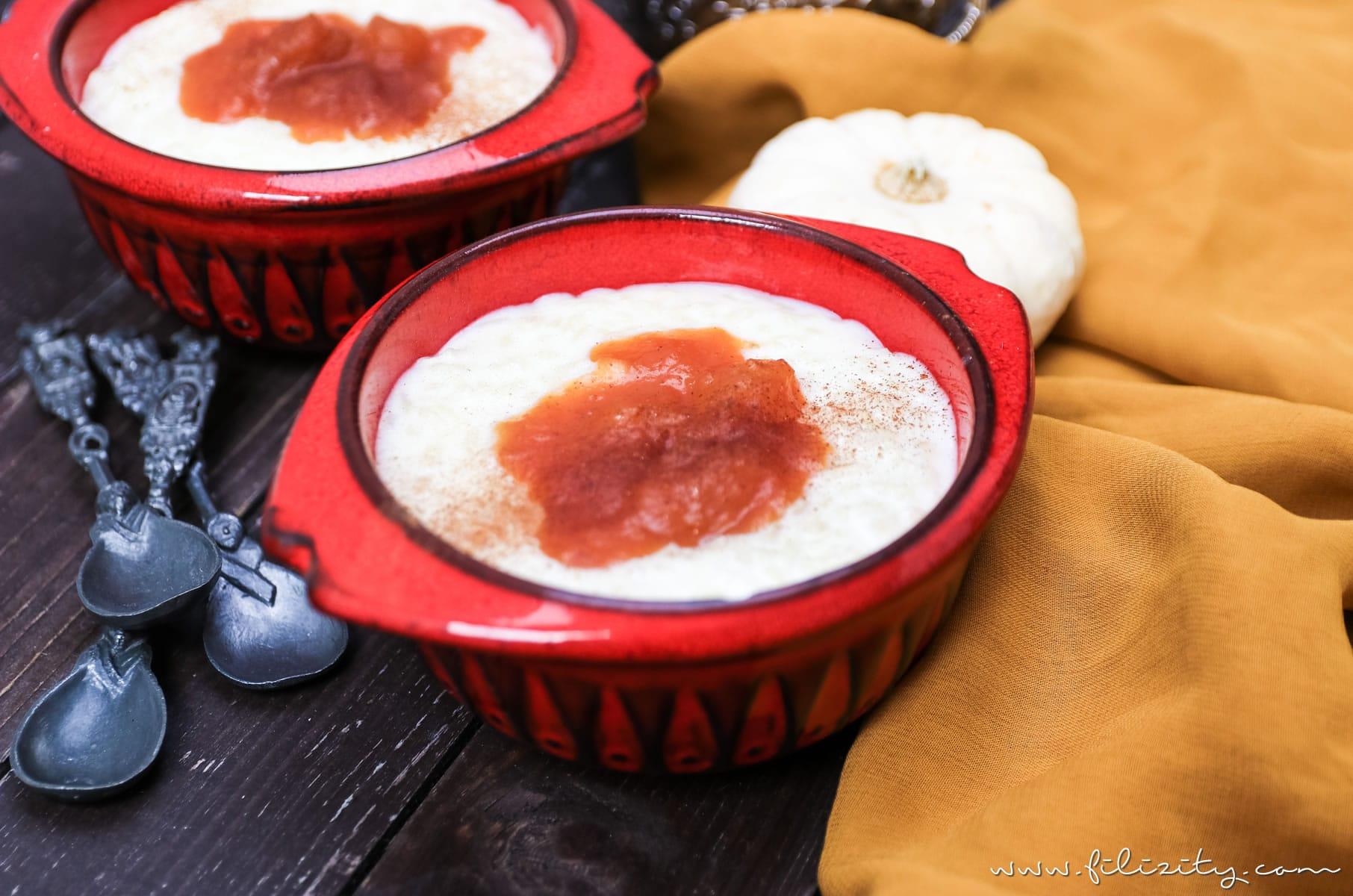 Herbst-Rezept: Türkischer Milchreis (Sütlac) mit Kürbis-Pflaumen-Kompott #kürbis #herbst #dessert