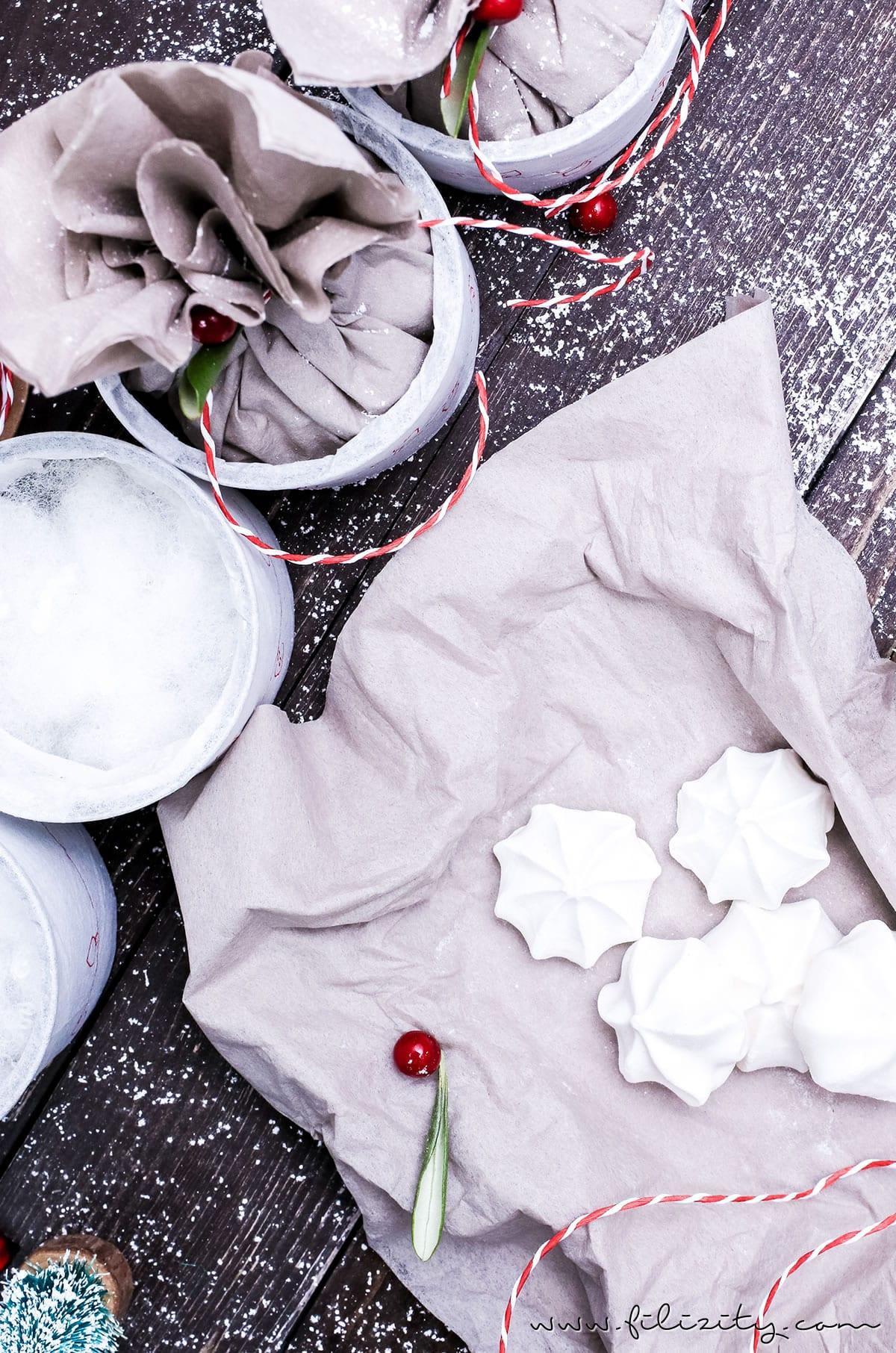 Weihnachts-DIY: Adventskalender basteln aus alten Dosen - Schönes Recycling/Upcycling-Projekt | Filizity.com | DIY-Blog aus dem Rheinland #weihnachten #adventskalender #recycling #upcycling