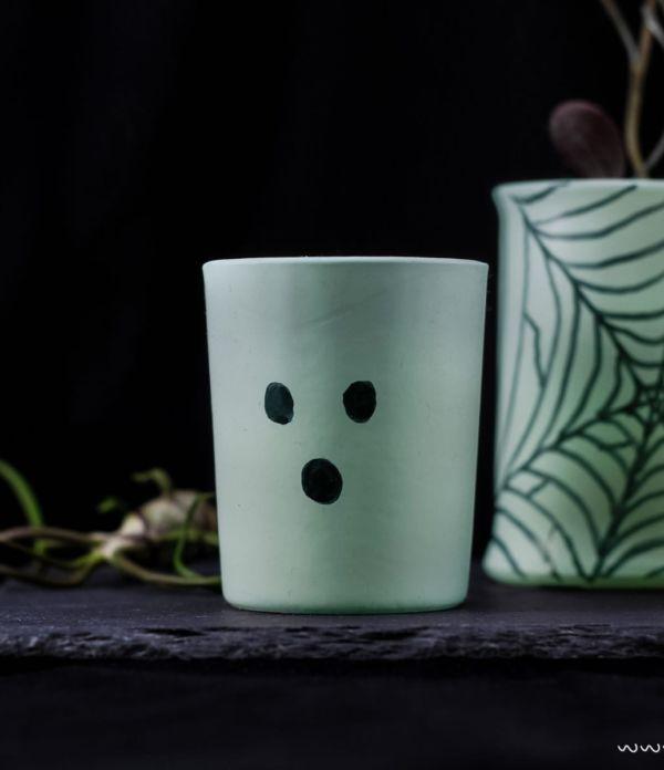 Halloween Deko Idee: Glow in the dark Vasen