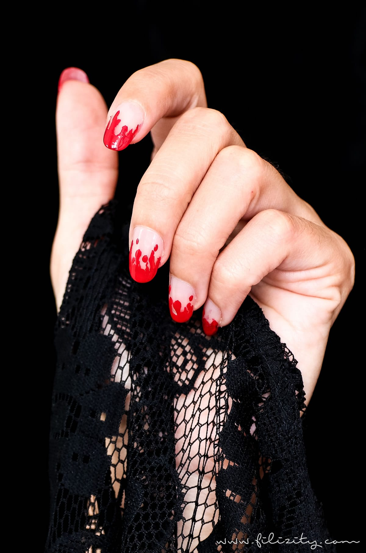 Halloween Nageldesign Blutige Finger Filizitycom Beauty Blog