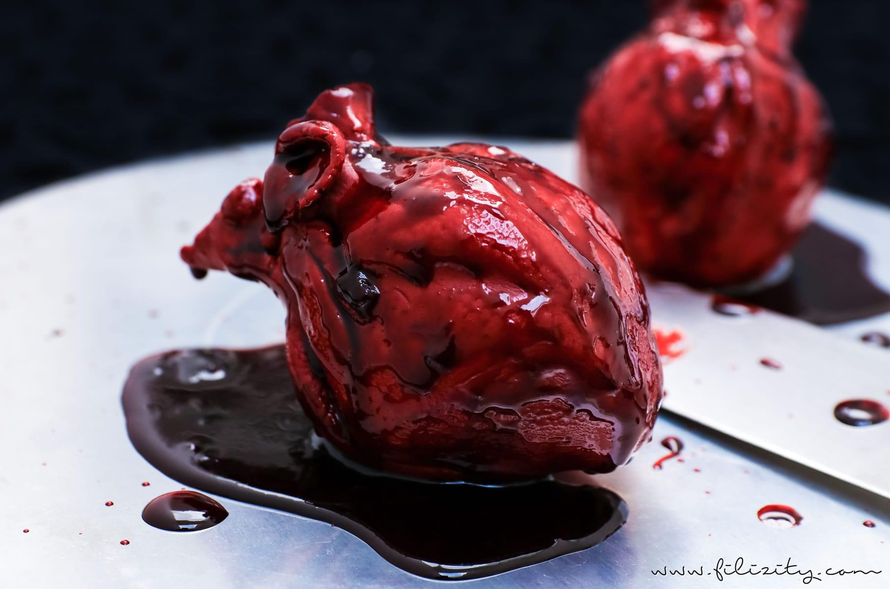 Halloween Nachtisch: Blutende Herzen