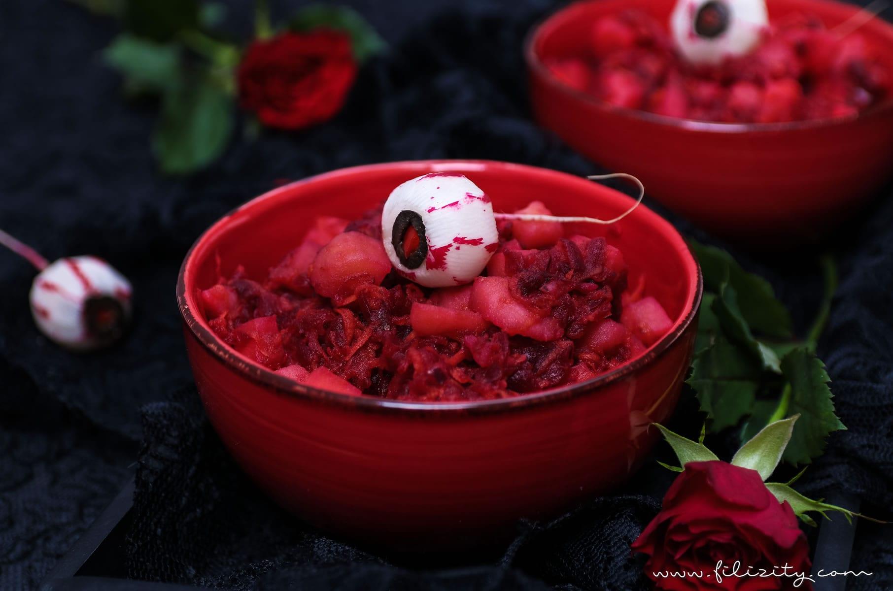 Halloween Rezept: Blutroter Kartoffelsalat mit Radieschen-Augäpfeln