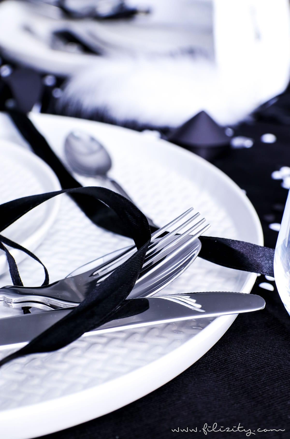 Let S Party Ideen Fur Eine Festliche Party Tischdeko Fur Silvester Glamourose Deko Stilvolles Geschirr Besteck Und Kleine Geschenke Fur Deine Gaste Filizity Com