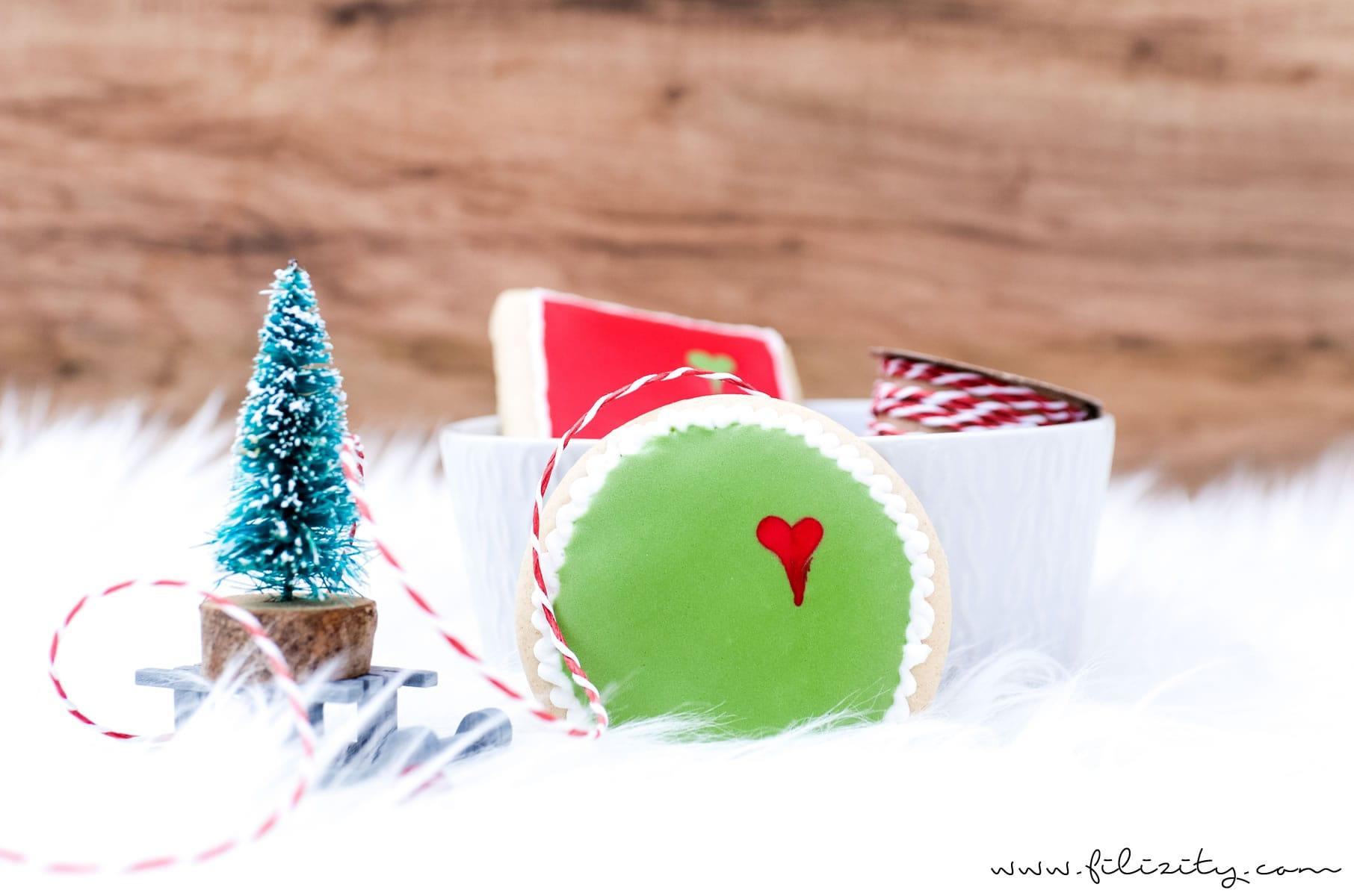 Grinch-Cookies – Weihnachtsplätzchen mal anders | Kekse verzieren mit Royal Icing | Filizity.com | Food-Blog aus dem Rheinland #grinch #weihnachten #plätzchen #weihnachtsbäckerei