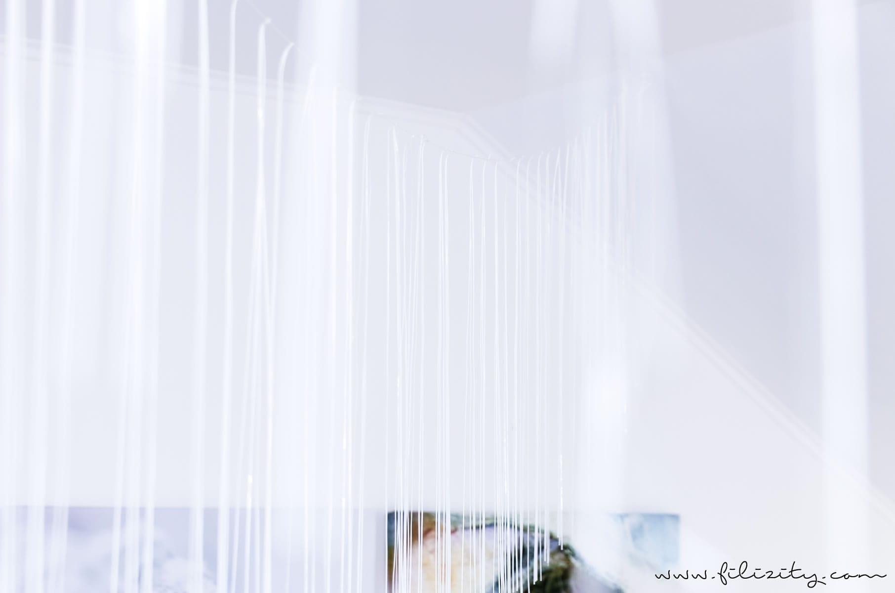 DIY Party-Deko: Lametta-Girlande basteln für die Geburtstagsfeier, als Hochzeitsdeko oder für die Silvester-Party | Filizity.com | DIY-Blog aus dem Rheinland #party #silvester #nye