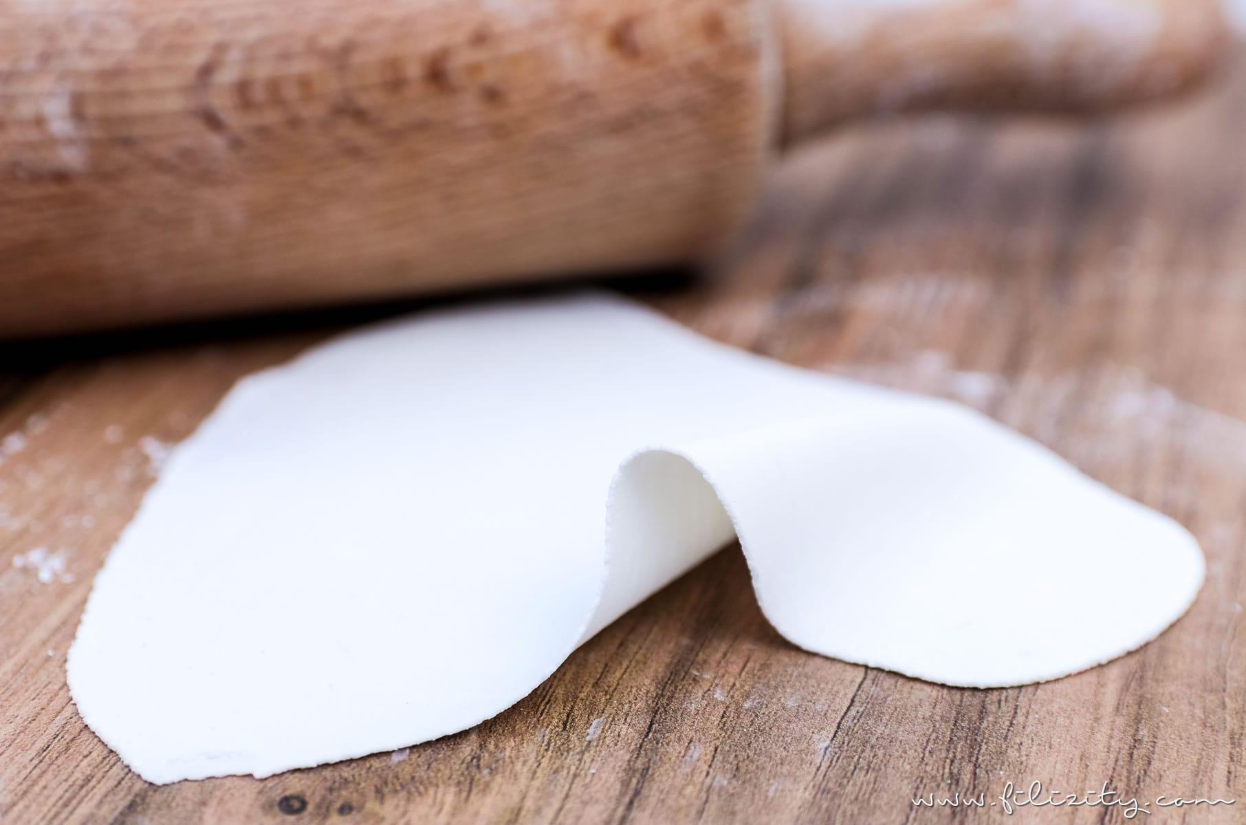 Kaltporzellan herstellen ohne Kochen - Überarbeitetes Rezept, Tipps & Tricks | Lufttrocknende Modelliermasse wie Fimo, Plymer Clay, ... | Filizity.com | DIY-Blog aus dem Rheinland #kaltporzellan