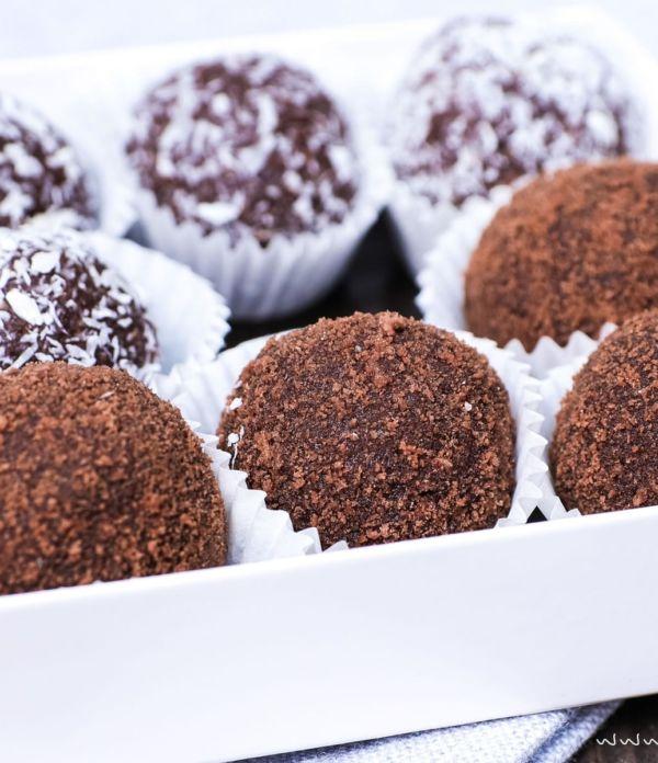 5-Minuten-Pralinen: Nutella-Butterkeks-Trüffel mit Kokos